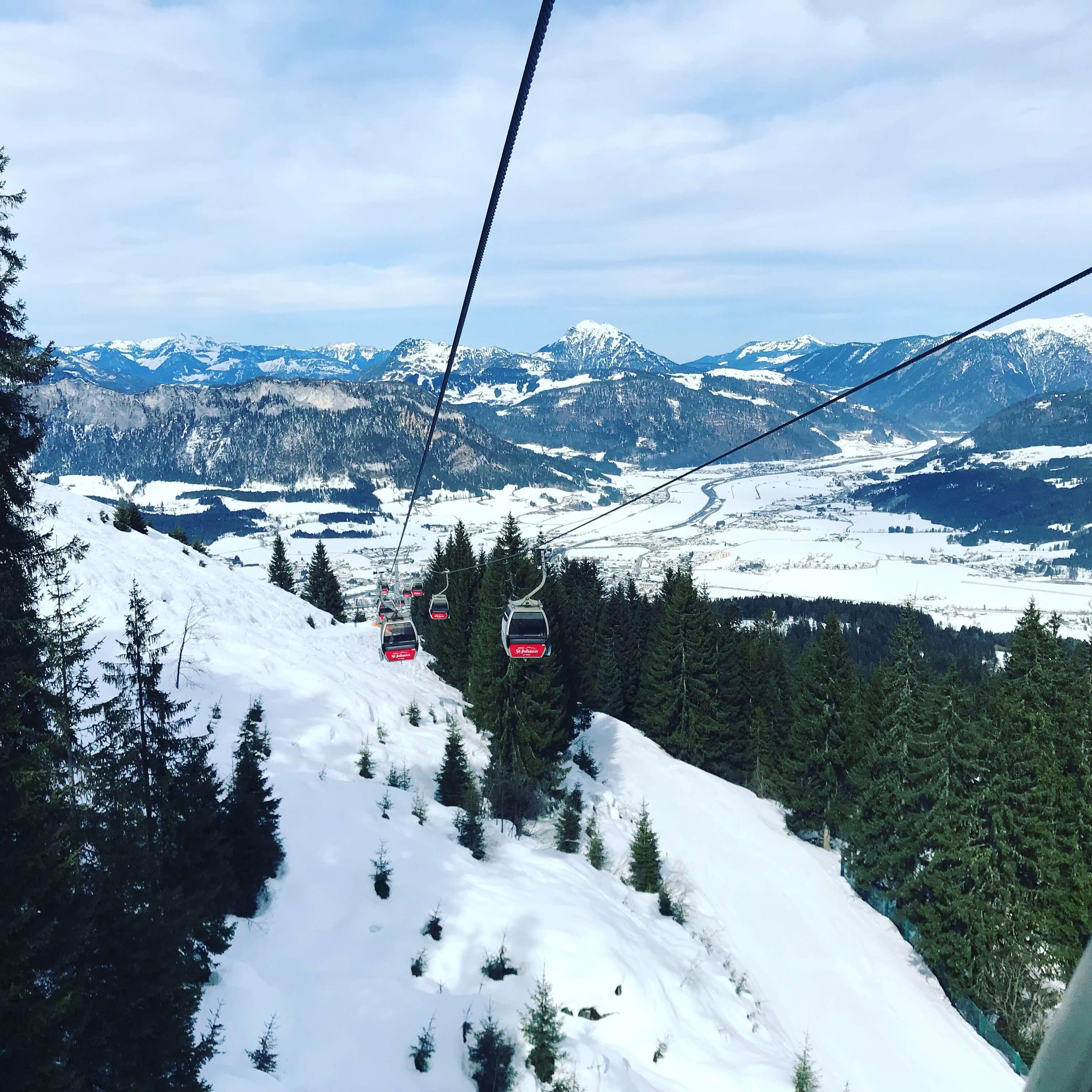 Gondellift in sankt Johann in Tirol