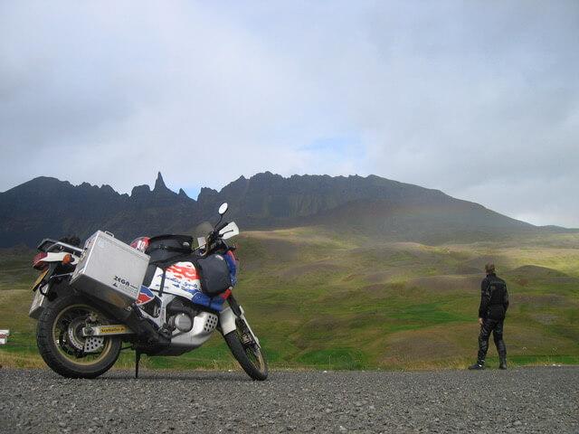 Op de motor in IJsland